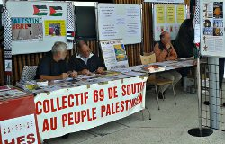 Stand du collectif69 le 22 septembre
